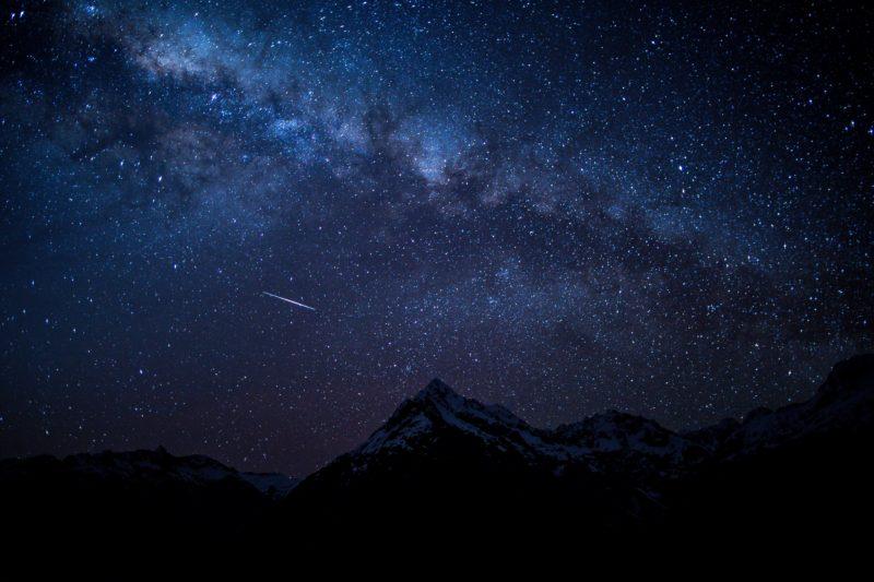 ペルセウス座流星群2019|福岡の方向方角は?